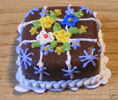 Échelle 1:12 Carré Gâteau Au Chocolat Maison De Poupées Miniature Boulangerie Accessoire NC38