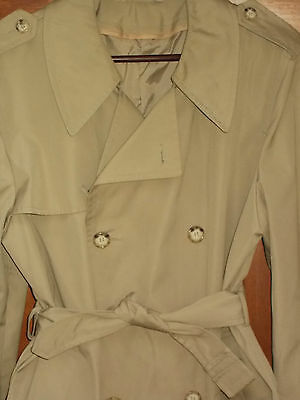 Trench Coat MED Mens 40R Tan Rain Overcoat Double Breasted Travel Packable MT54