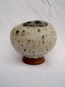 ancienne vase grès émaillé signée en creux d'un pied Danmark scandinave design WUUaIm4I-09105954-346907420