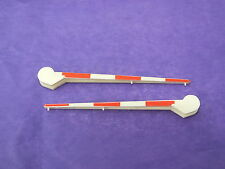 L5400CR HORNBY TRIANG  CREAM CONTINENTAL STYLE BARRIER ARMS   R0A
