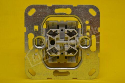 Gira 015500 Doppel-Wechseltaster-Einsatz
