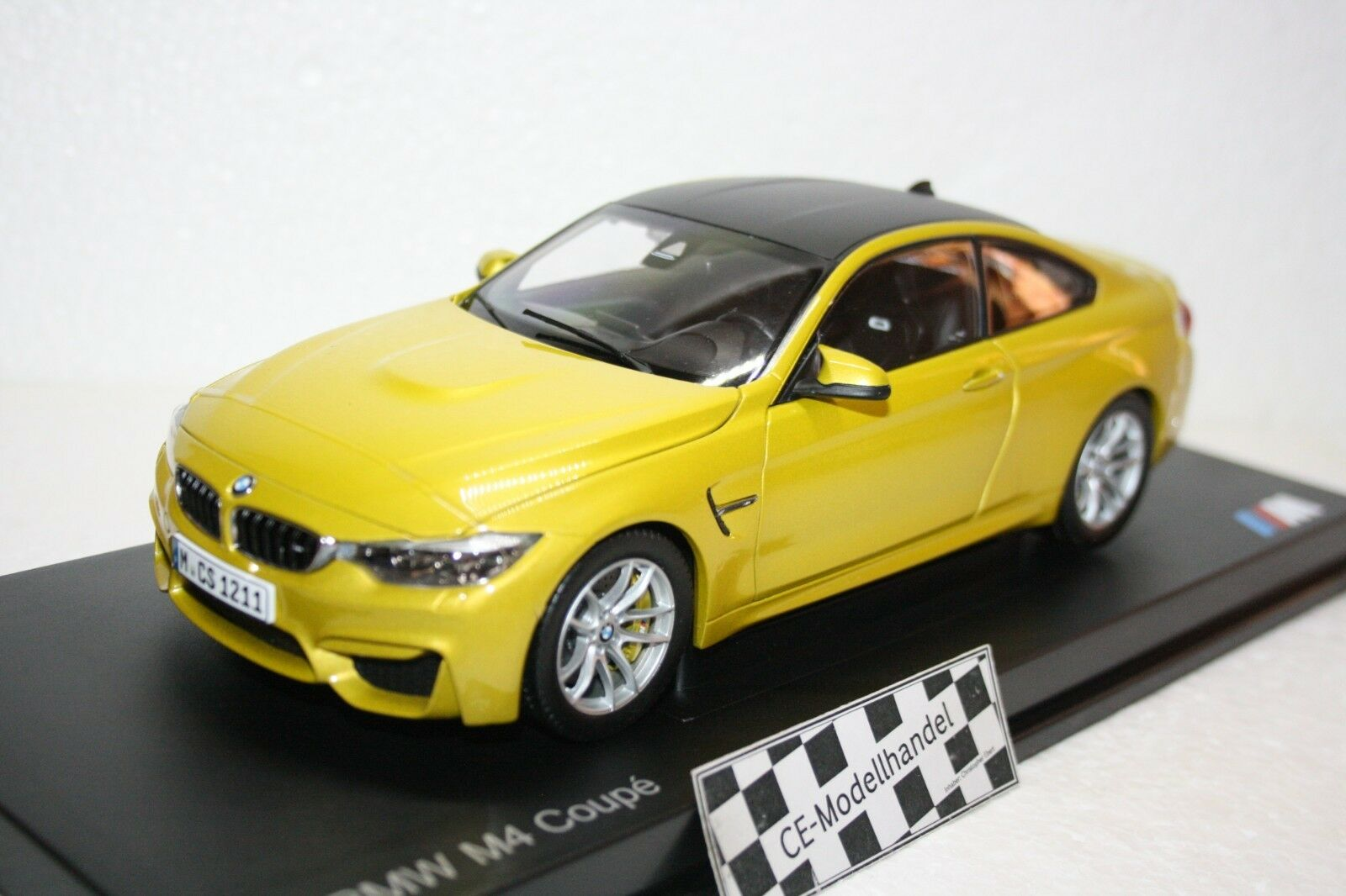 BMW m4 coupe  Nouveau  Paragon  1 18