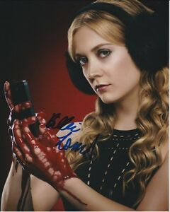 design intemporel a9d35 d84e8 Billie Lourd Signed 8x10 Scream Queens Chanel #3 Photograph ...