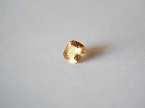 Loose Cubic Zirconia Champagne AAA Cushion 6mm Brand New! Bargain Price.