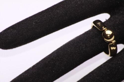 ZX34 CLASSY ELEGANT GOLD TONE METAL RING TASTEFUL BALL CENTRE TIMELESS PIECE
