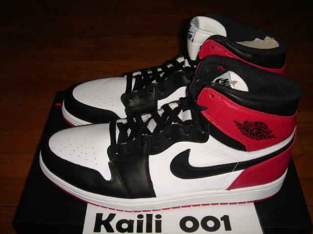 Nike Air Jordan 1 Retro High OG Sz 12 B grade Black Toe Bred 555088-184 Royal A best-selling model of the brand