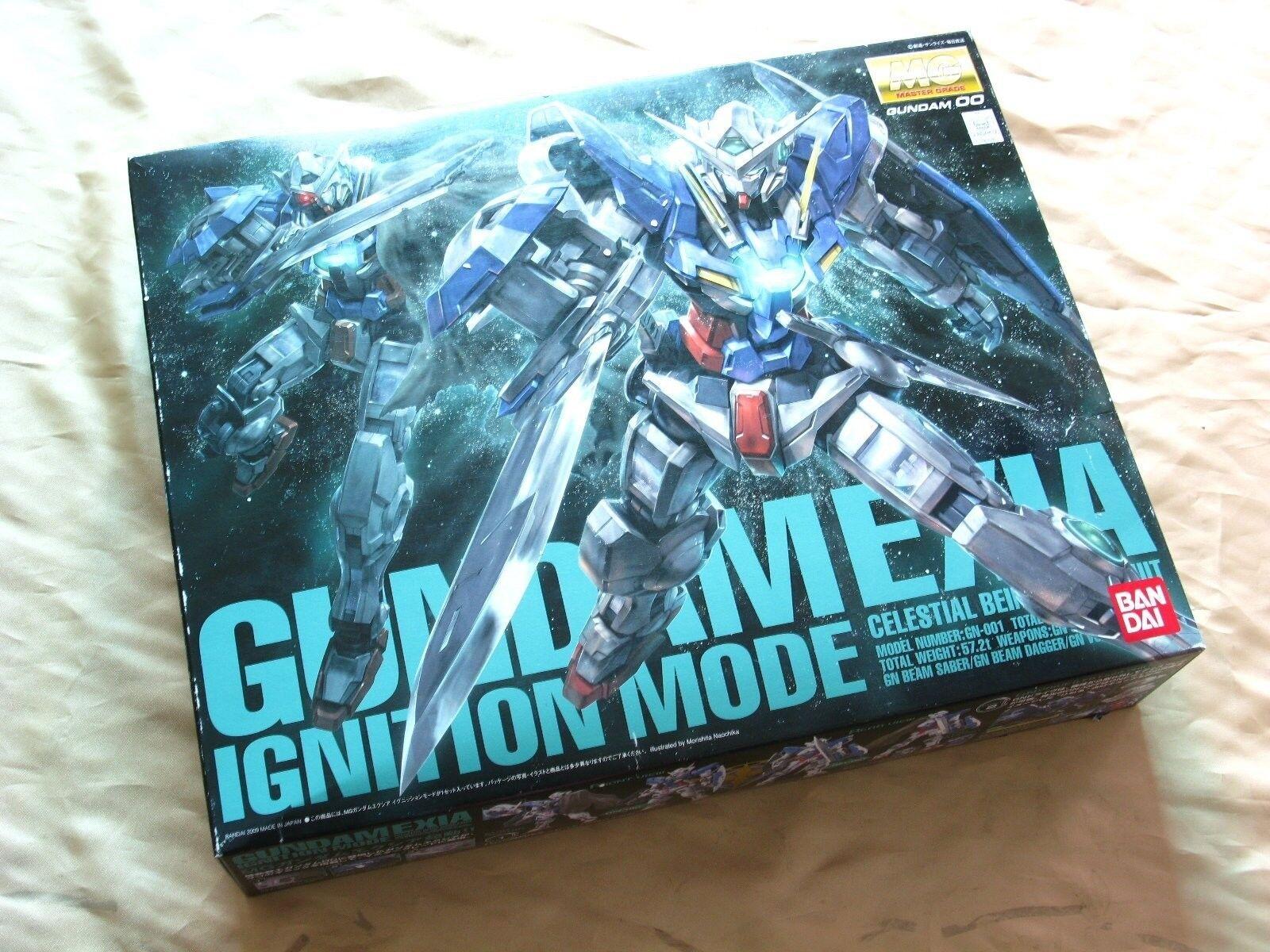 Bandai 1  100 MG 122s GN -001 Gundam Exia tändningsläge