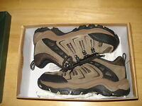 Womens Girls Highland Creek Hiking Camping Shoes Boots Brown Size 3 Med
