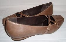 Clarks Artisan Taupe Brown Criss Cross Mary Jane 8 Active Air Slip On Flat Shoes