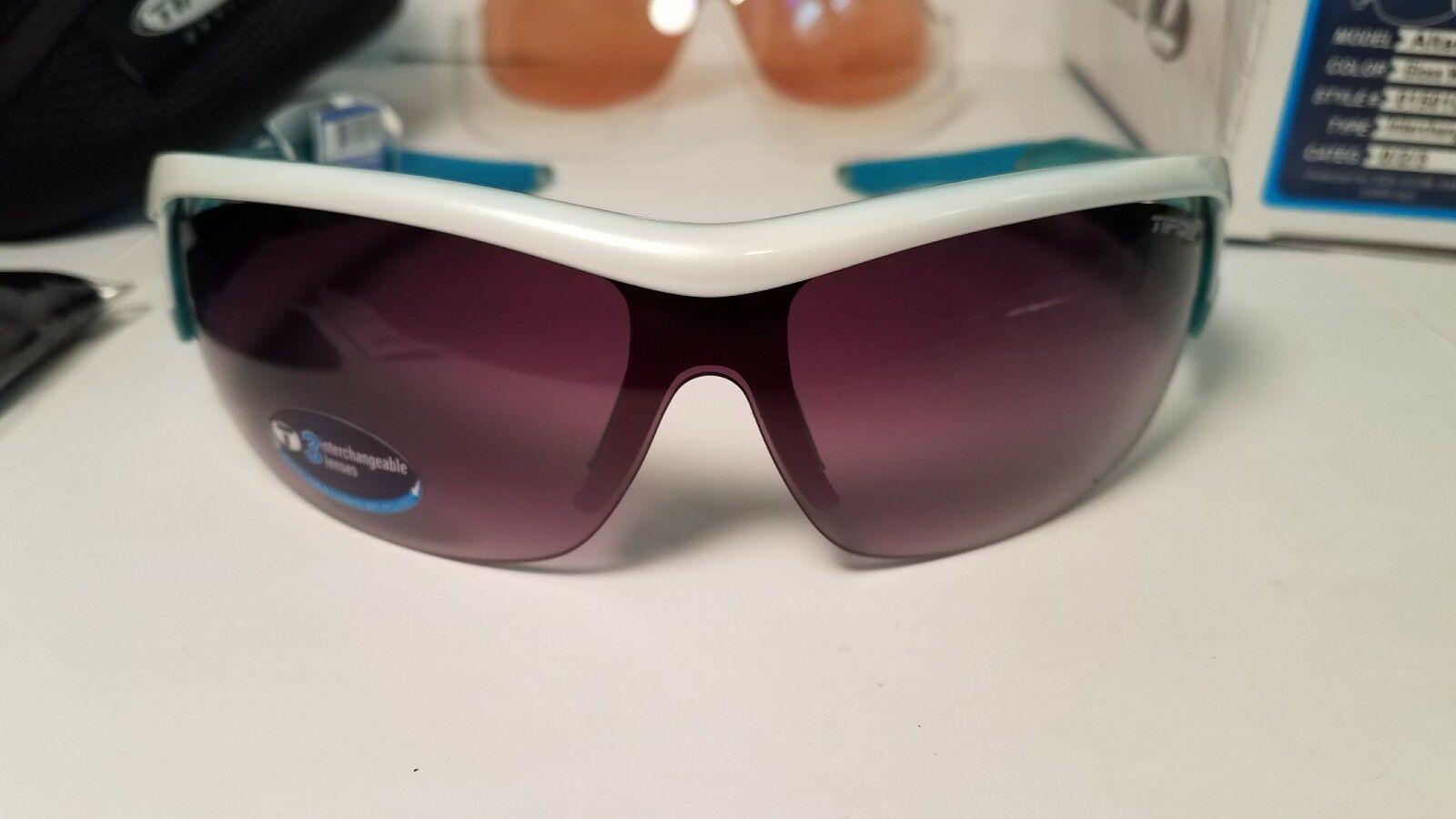 Tifosi - Altar- Gloss White   Teal - Sunglasses