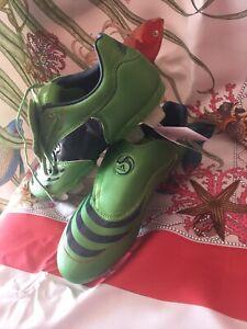 adidas-F30-8-TRX-FG-FIRM-GROUND-MENS-BOYS-FOOTBALL-BOOTS-SIZE-U-K-7-5-New
