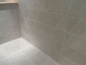 1m of 25x50cm DITTO LIGHT GREY BATHROOM CERAMIC WALL TILES eBay