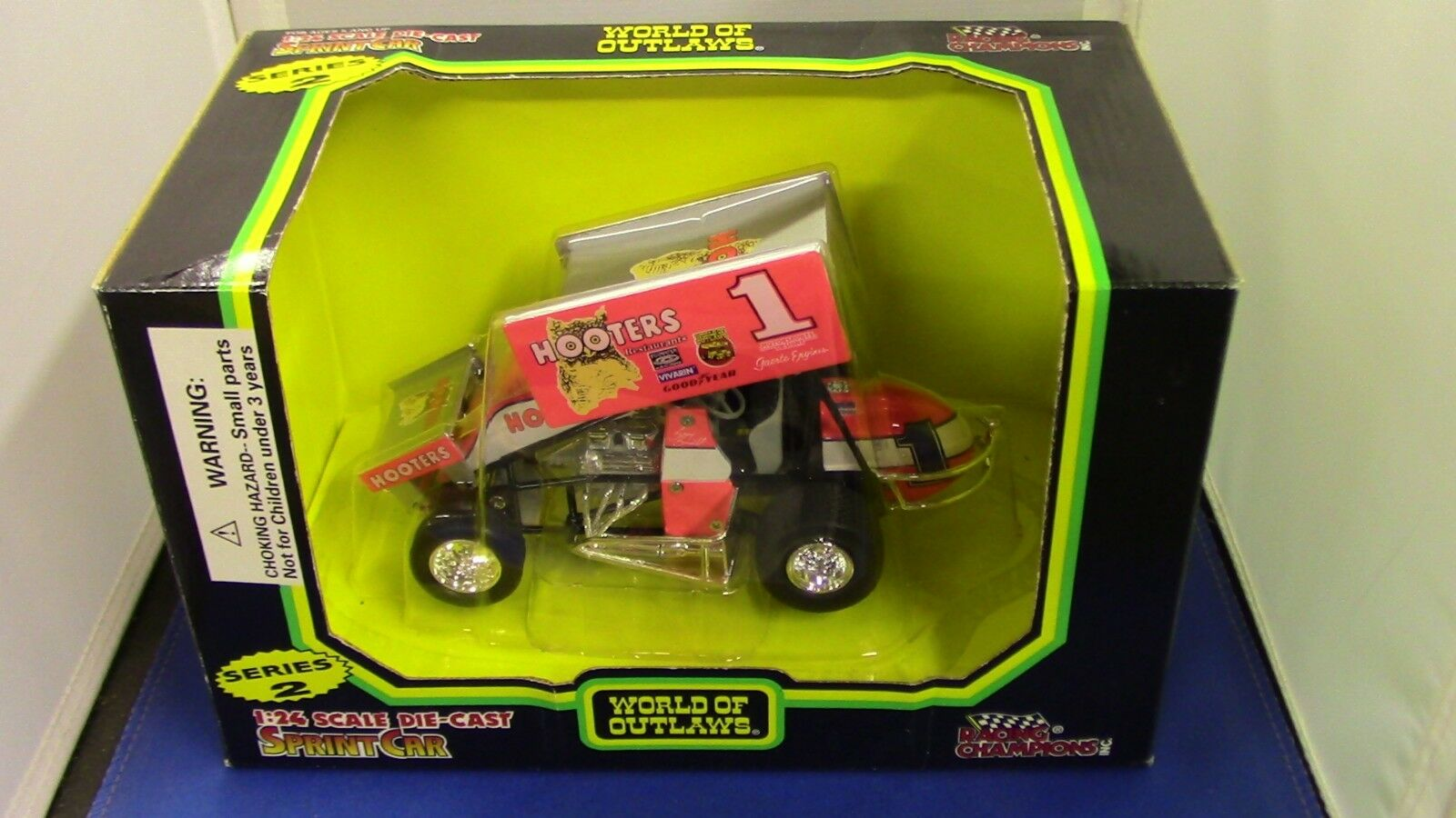 Sammy Swindell Hooters Hooters Hooters Racing Champion World of Outlaws Diecast Sprint Car bb9e9d