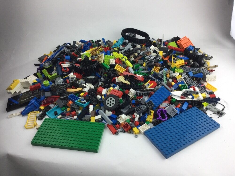 About 6 POUNDS lbs of LEGOS Mixed Loose Lot Bulk Multi Farbe Unisex Boy Girl