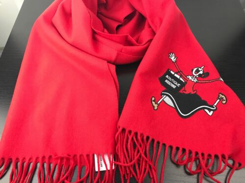 NWT Authentic Moschino Boutique 100/% Wool Oblong Scarf in Red Made In Italy