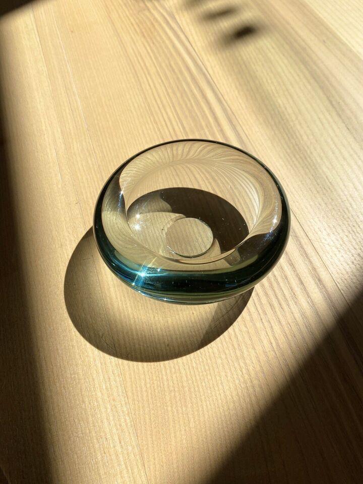 Glas skål, Holmegaars