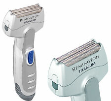 New Remington MSC-140 Men's Titanium Battery Operated Foil Travel Shaver, Silver