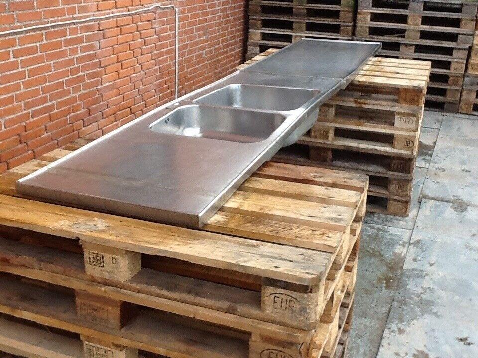 Køkkenbord rustfri dobbelt vask - L 334 x B 65 cm