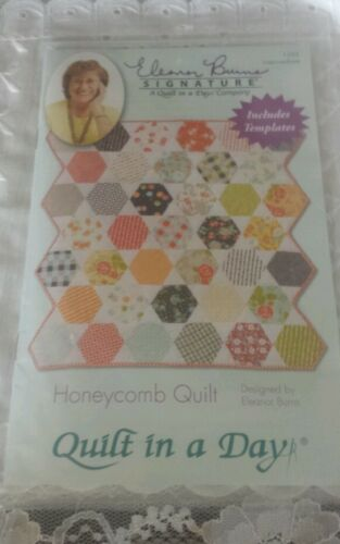 NIP ELEANOR BURNS SIGNATURE QUILT IN A DAY HONEYCOMB QUILT PATTERN & TEMPLATES