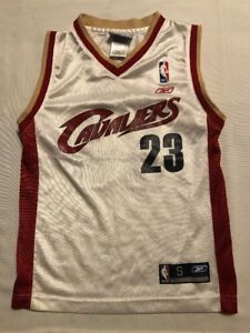 Image is loading Reebok-Cleveland-Cavaliers-LeBron-James-Jersey-Youth-Small- 430b2d45d