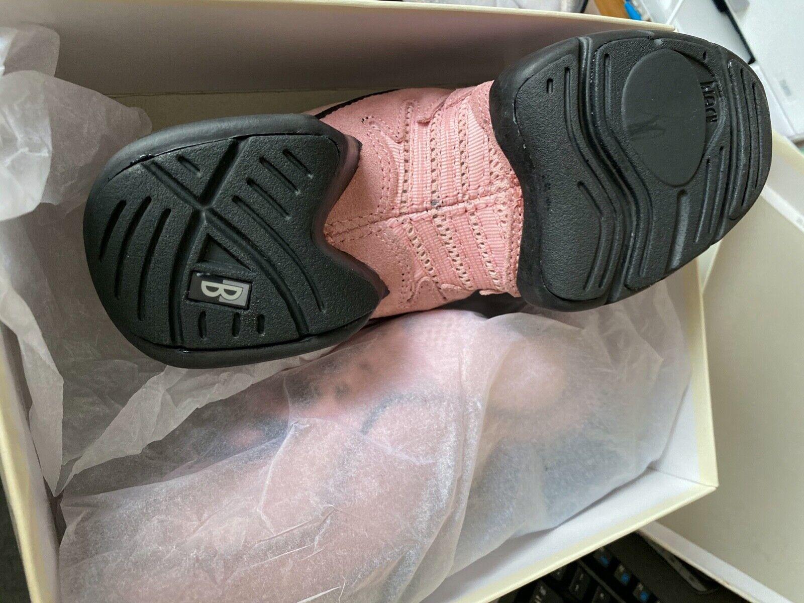 BLOCH Dance Sneaker UK 3 PINK US 6