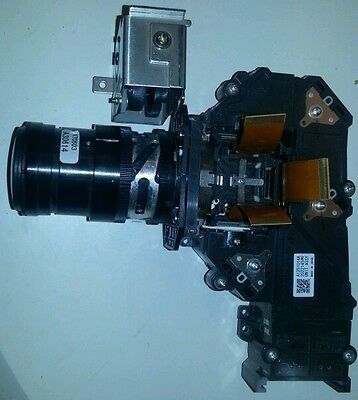 Sony VPL-EX4 video projector Lens fully working