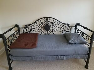 Ornate Metal Day Bed Bedroom Furniture Used Once Mattress