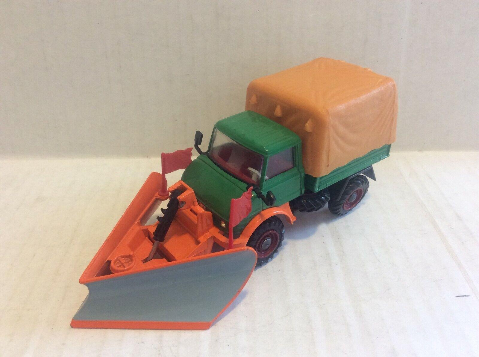 Corgi Toys   1150 Unimog 406 with Snow Plow no box