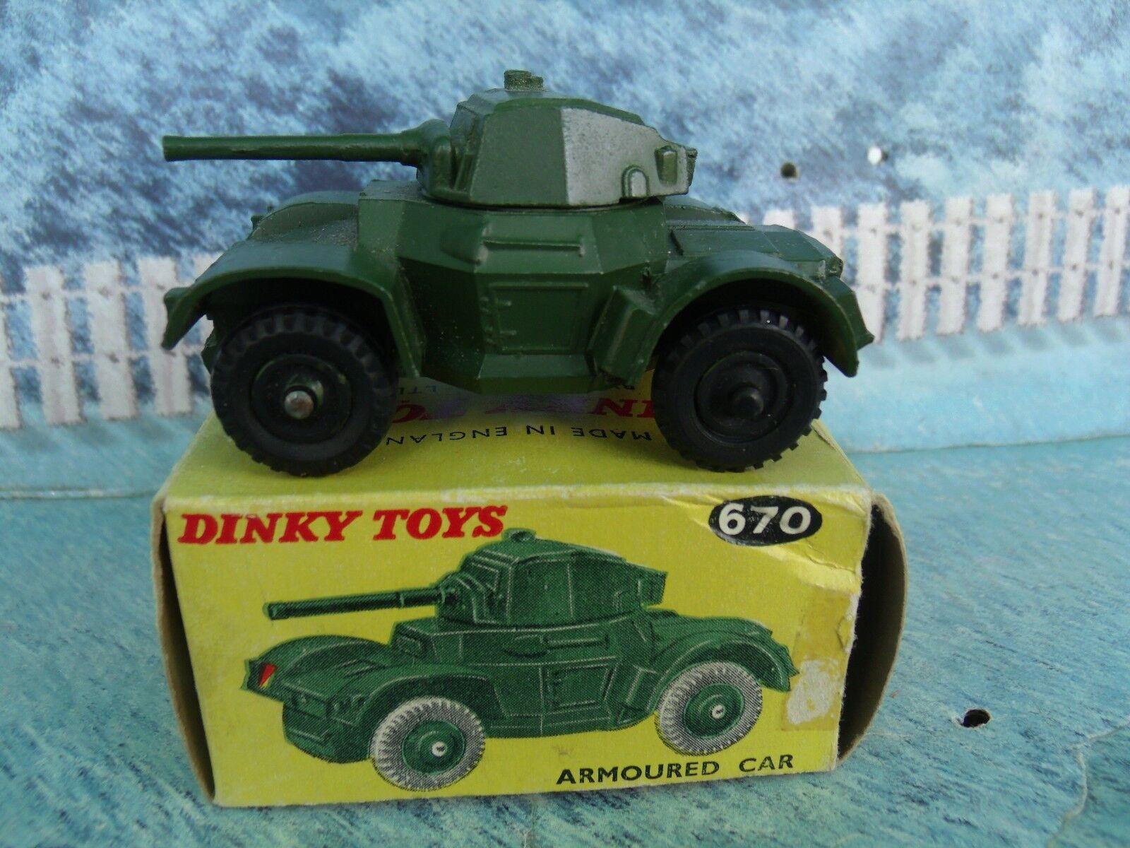 1/43 Dinky No. 670 de vehículos blindados