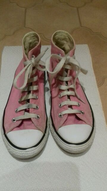 Girl's/Ladies pink Converse All Star boots Size 2