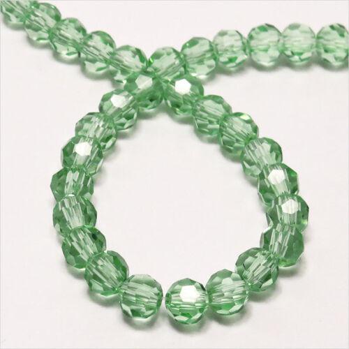 Lot de 50 perles à FACETTES 4mm en Cristal de Bohème Vert clair