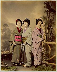 Photographie-rehaussee-albumine-Japon-Les-trois-Graces