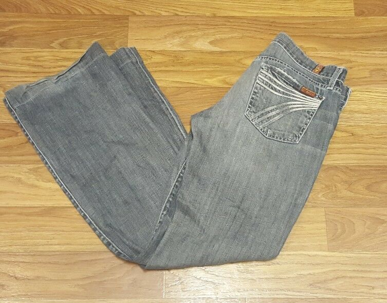 7 FOR ALL MANKIND Dojo Flare Denim bluee Jeans 7FAM Distressed Womens Sz 29