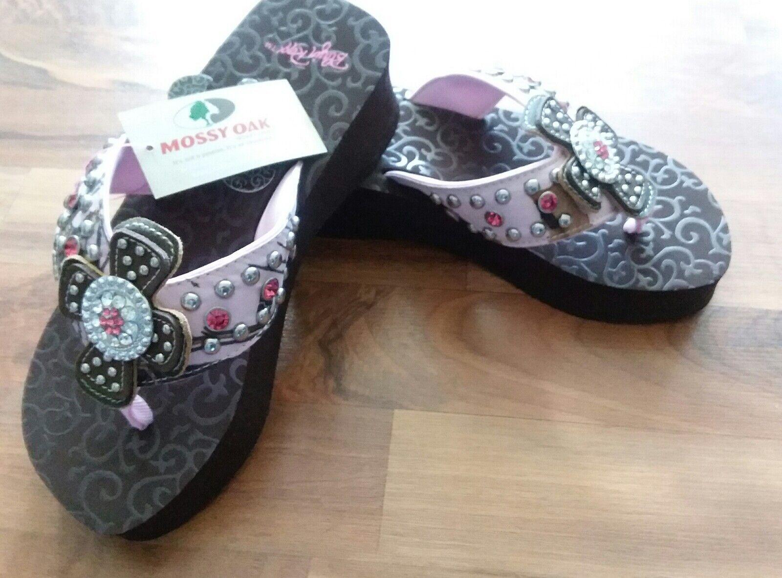 Blazin Roxx Women's size 9 pink Camo Mossy Oak Flip Flops - 4117030