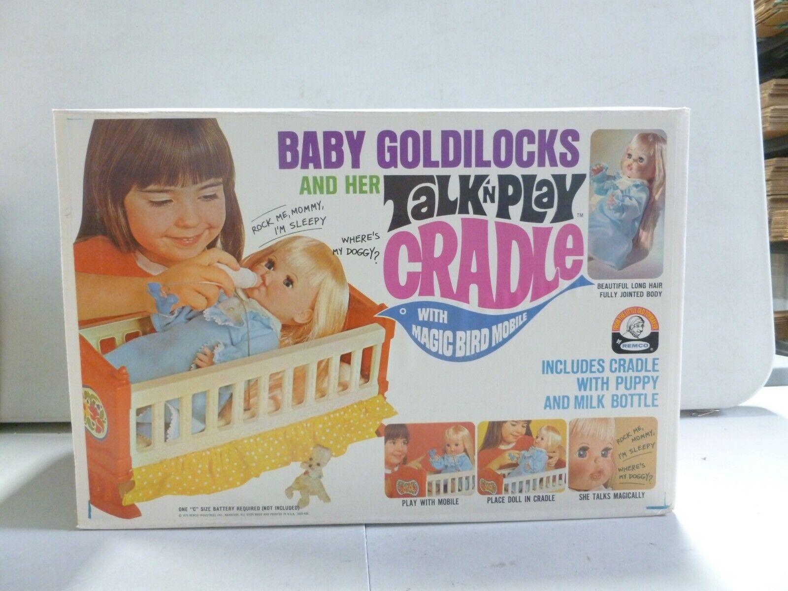 1970 Remco oroilocks y su bebé cuna hablar 'n Play (2)