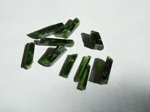 10-pc-Rare-Natural-Rough-CHROME-DIOPSIDE-needle-crystals-3-5mm-x-15-20mm-24