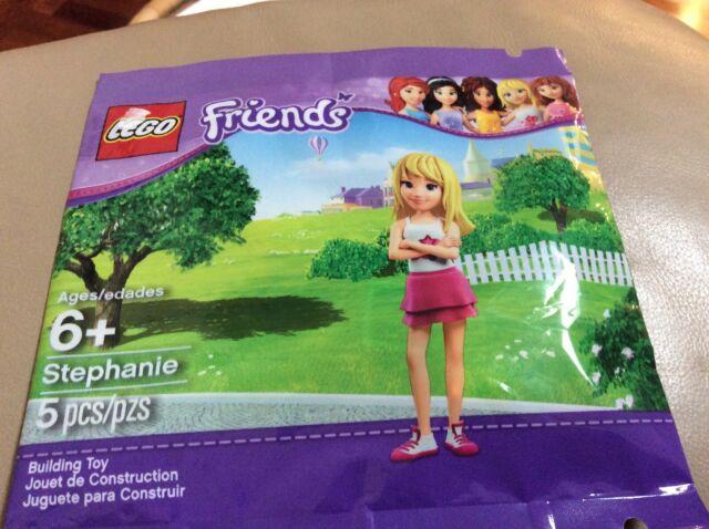 Lego Friends MiniFigure STEPHANIE with Dark Purple Skirt 41122 New