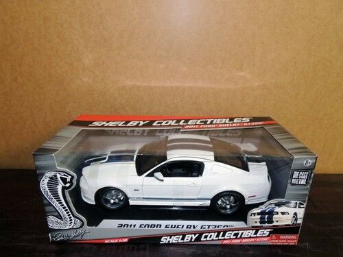 1 18 Shelby Collectibles 2011 Ford Shelby Mustang GT350