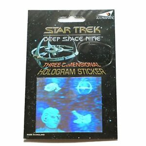Star-Trek-Rare-Deep-Space-Nine-Hologram-3D-Sticker-made-in-England-1994
