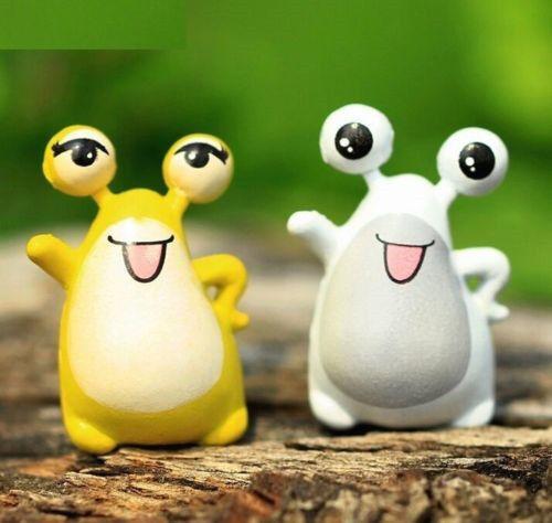FD2376 Big Eye Frog Miniature Dollhouse Ornament Flower Pot Aquarium Craft 1pc ♫