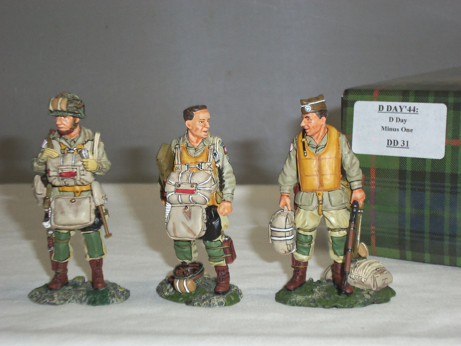 KING AND COUNTRY DD31 DDAY MINUS ONE WORLD WAR TWO METAL TOY SOLDIER FIGURE SET