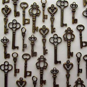 LOT-OF-48-Vintage-Style-ANTIQUE-SKELETON-FURNITURE-CABINET-OLD-LOCK-KEYS-Bronze