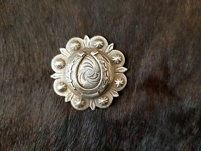 """WESTERN HORSE TACK ANTIQUE CROSS BERRY SADDLE CONCHO 1-3//4/"""" screw back"""