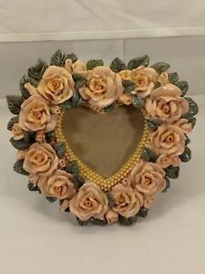 Picture-Frame-HEART