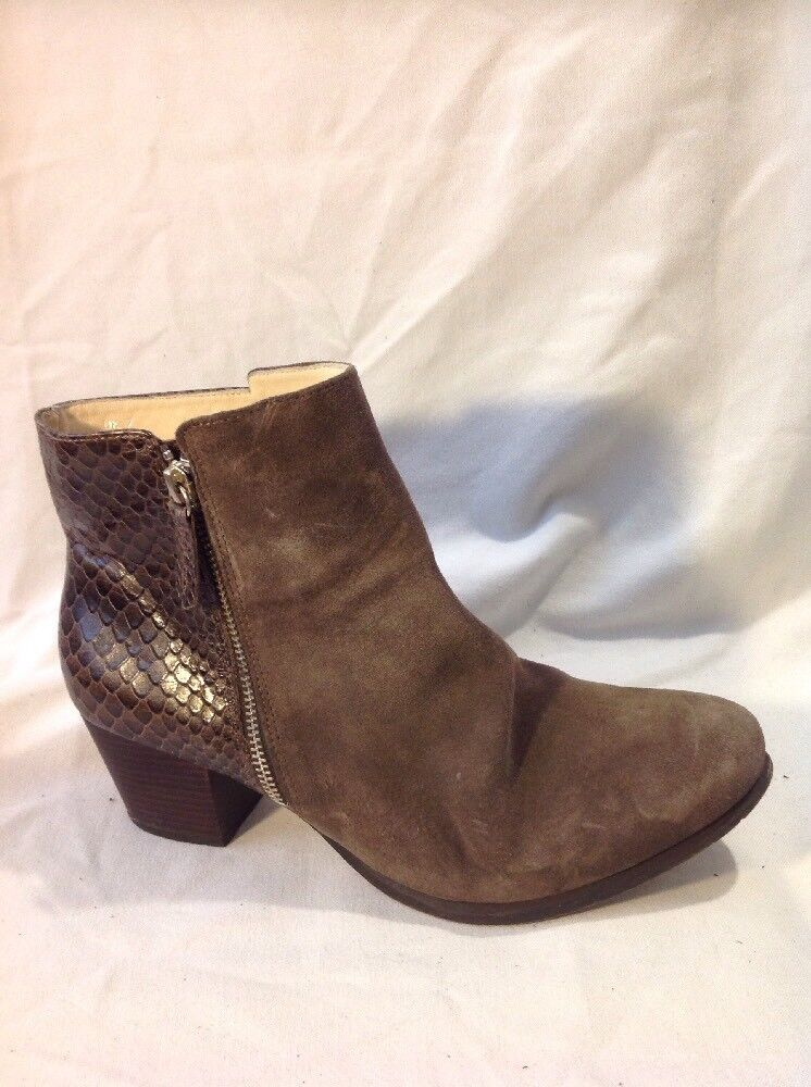 Mary&Clarks Brown Ankle Leather Boots Size 7
