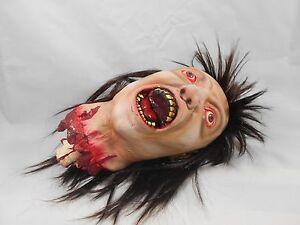 Horror-Head-blood-Latex-monster-severed-head-testa-mozzata-creepy-Halloween