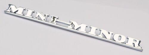 "Clásico Austin Mini Cromo /""Mini menor/"" script insignia BMC Parte; ADA3730"