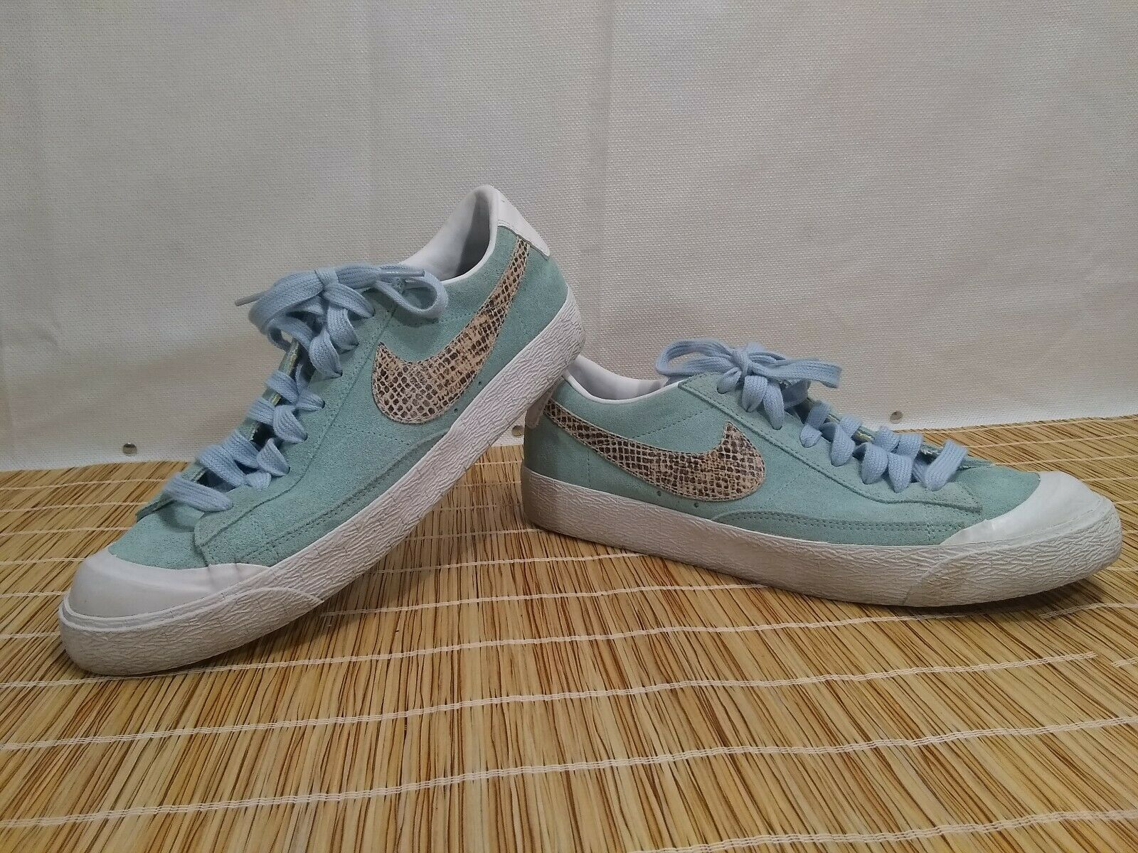 Nike Blazer Low iD Sea Green Leather Sneakers shoes MENS US 9 616828-991