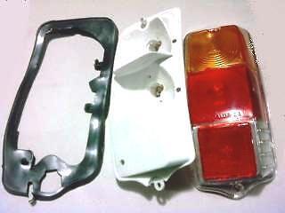 FIAT 500 F//L//R FANALE POSTERIORE DX   COMPLETO IN  PLASTICA