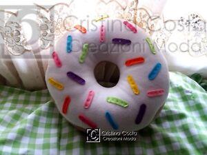 Cuscino A Forma Di Ciambella.Dettagli Su Cuscino Fantasia Donuts Ciambella Bianca Misura Media 30 Cm A Forma Di Biscotto